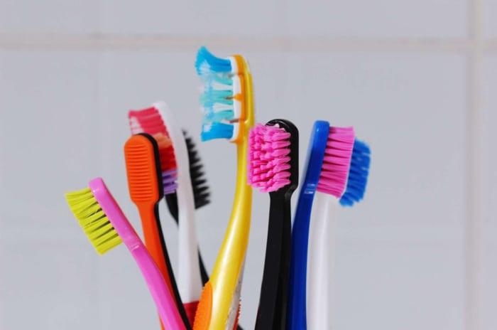 Vi låner ikke bort tannbørsten