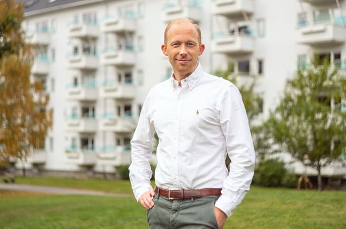 Tom Engen, prosjektsjef for Røroshetta, smiler til kameraet.
