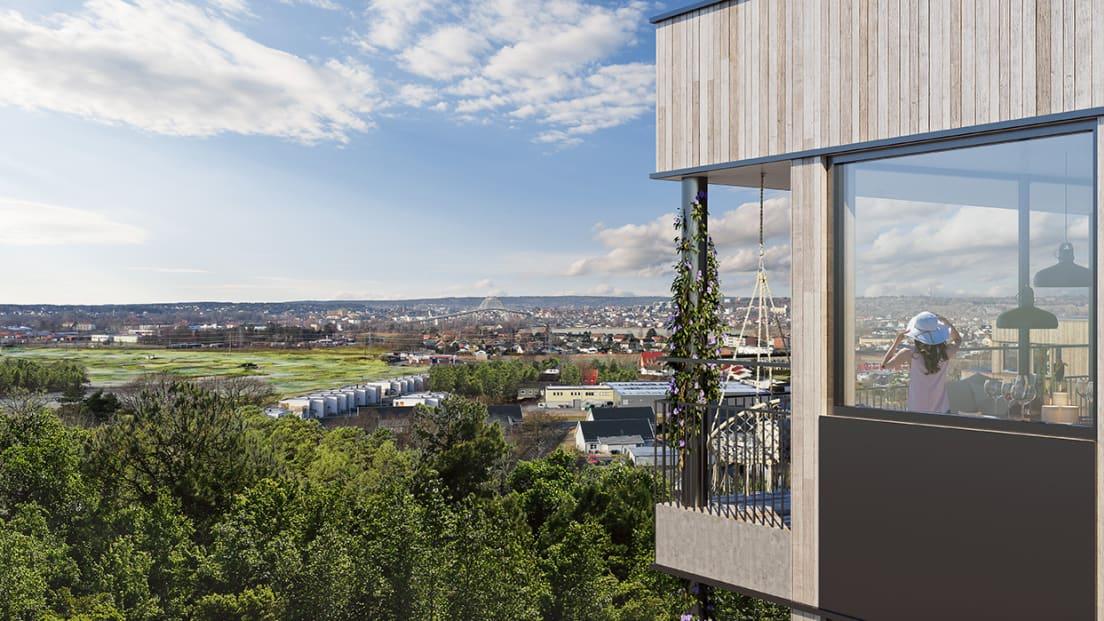 Utsikt over Fredrikstad fra balkong på Begbyåsen