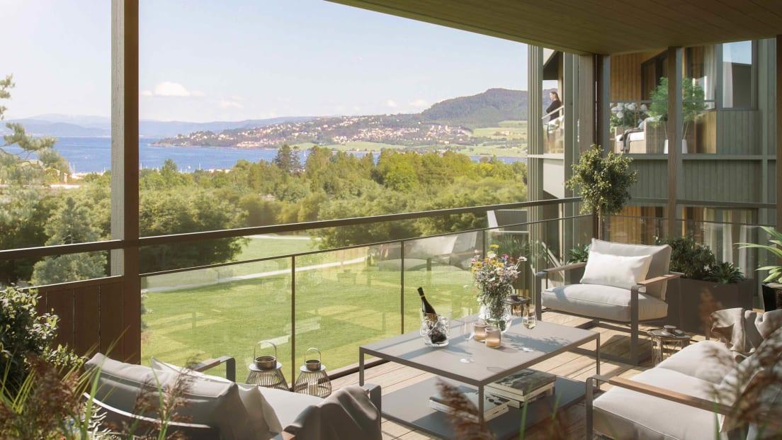 Illustrasjon av balkong med utsikt over grøntområder og sjø
