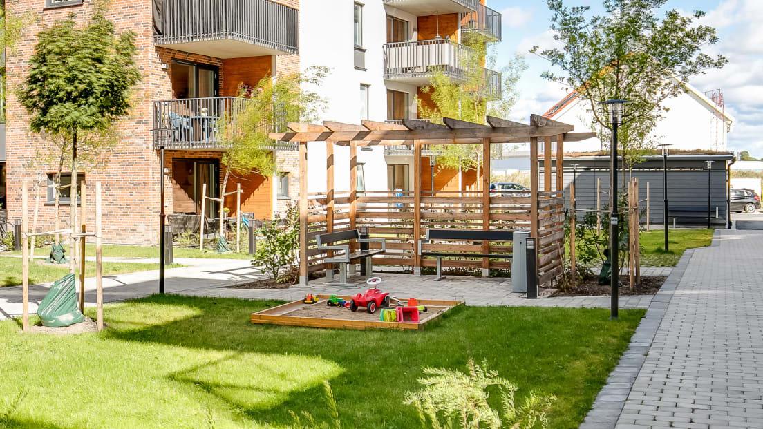 Trevlig innergård i Brf Selmas Park