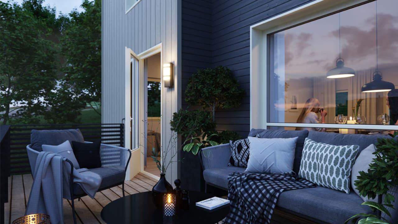 Kveldsstemning på terrassen, rekkehus Osstølen