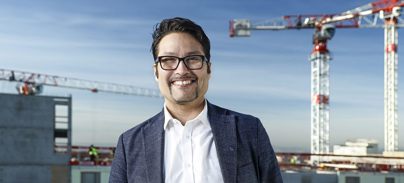Porträtt av Daniel Siraj, koncernchef på OBOS