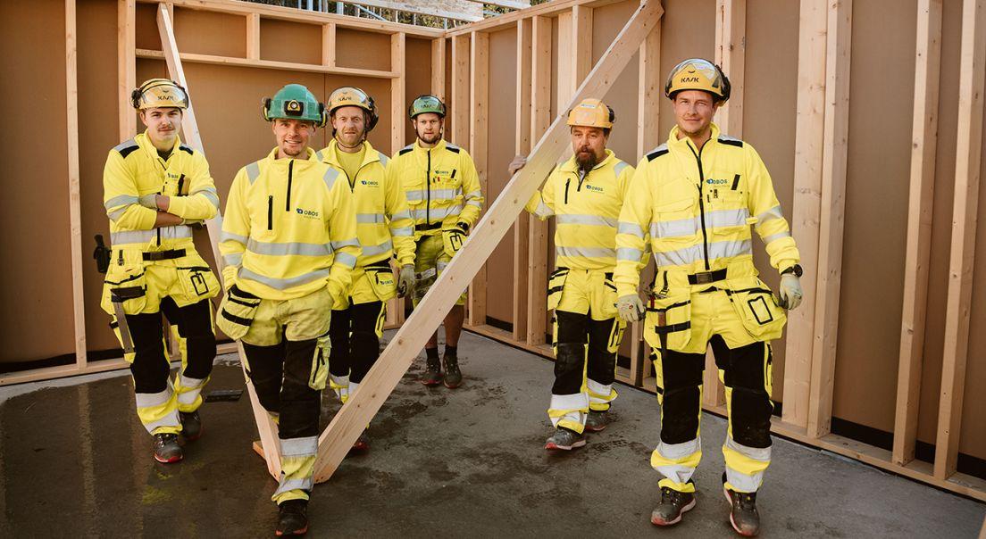 Fornøyde tømrere ved vårt kontor Viken Nord
