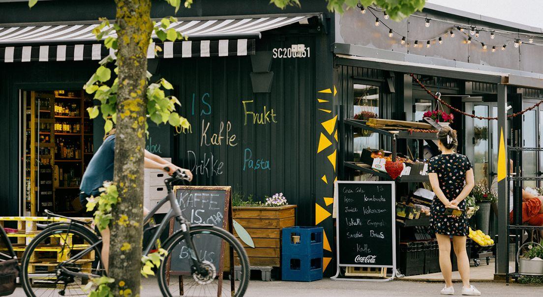 Fasaden til en butikk på PUNKT på Fornebu.