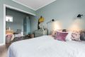 Soverommet har god plass til dobbeltseng