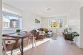 Som følge av at boligen er en endeleilighet har den et ekstra vindu i stuen noe som gir økt romfølelse og gode lysforhold.