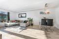 Attraktiv og meget innholdsrik 2-roms leilighet i populært område.