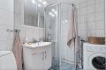 Flislagt bad med varmekabler  - rehabilitert i regi av borettslaget i 2005