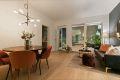 Luftig fin stue med god takhøyde 2,8m