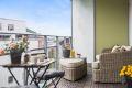 Stor og herlig balkong hvor du kan nyte lange, varme sommerdager!