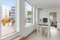 Kjøkken / Stue med utgang privat takterrasse