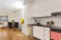 Stue og kjøkken er i åpen løsning og gir mange muligheter for innredning.