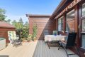 Solrik terrasse på 20 kvm ved inngangsparti