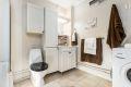 Flislagt bad/wc med opplegg vaskemaskin
