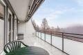 Leiligheten har to balkonger. Balkongen med utgang fra stue er på 16 kvm.