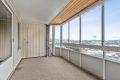 Stor, innglasset balkong på 13 kvm