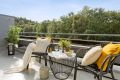 Stor sydvestvendt terrasse på 13 kvm med svært gode solforhold.