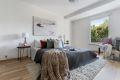 Stort og flott soverom på 17 kvm. med god plass til dobbeltseng og nattbord og evt. andre møbler.
