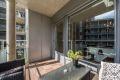 Hyggelig sørøstvendt balkong på ca. 6 kvm mot indre gårdsrom.