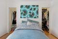 Soverom 1 har tilgang til praktisk Walk-in Closet som gir svært gode oppbevaringsmuligheter.