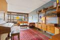 Lys stue som er lett å innrede.Utgang til stor balkong.