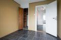 Soverommet har en praktisk bod i tilknytning til soverommet, som passer ypperlig som walk-in closet!