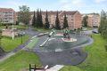Lekeplassen ligger 1 min unna, nylig oppgradert av brl., her er det også mulighet for å grille middagen ute.