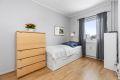 Romslig soverom 2. Kan benyttes som barnerom, gjesterom eller kanskje kontor?