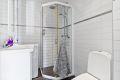Rehabilitert bad i regi av brl., 2006. PVC sluk, ekstra sluk, klemring og godt valg av fliser.