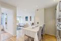 Kjøkken med delvis åpen løsning til stue