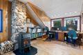 Loftet brukes i dag som både kontor og soverom