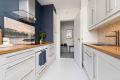 Kjøkken med integrert stekeovn med induksjonstopp/oppvaskmaskin