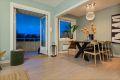 Stor stue da det er åpnet opp til det ene soverommet, kan tilbakestilles til soverom.
