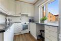 Separat kjøkken med god skapplass