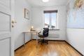 Soverom 2 har fin størrelse og egner seg ypperlig som barnerom, kontor eller gjesterom