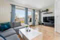 Fin plass for sofa og tvbord i stuen