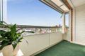Leiligheten har en solrik sørvestvendt balkong på ca 8 kvm.