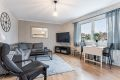 Lys og koselig stue med gode innredningsmuligheter