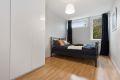 Soverommet er stort og det er god plass til garderobeskap, nattbord mm.