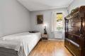 Flott soverom av meget god størrelse. Det er plass til dobbeltseng, nattbord på soverom og ekstra kommode ved ønske om det.