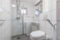 Flislagt bad/wc med varmekabler i gulv.