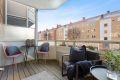 Her er det gode solforhold og god plass til utemøbler.