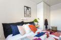 Soverommet har god plass til dobbeltseng og et stort garderobeskap.