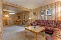 Underetasje: Rommet er byggemeldt som hobbyrom med midlertidig opphold, men har blitt innredet og blitt brukt som en kjellerstue.