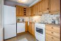 Eldre kjøkken med god skapplass