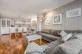 Oppgradert stue med nye panelvegger