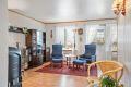 Stue er romslig og har mange møbleringsmuligheter