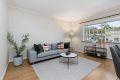 Stuen har fine møbleringsmuligheter til sofagruppe og spisebord