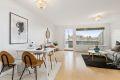 Velkommen til Anders Forsbergs vei 12c - rekkehusleilighet på to plan med flott utsikt